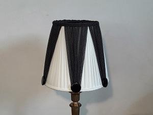abat jour pliss fabricant abat jour sur mesure couture et rigide. Black Bedroom Furniture Sets. Home Design Ideas
