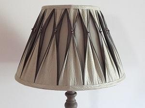 fabrication-abat-jour-sur-mesure-restauration-plisse-vue-ensemble-300x225
