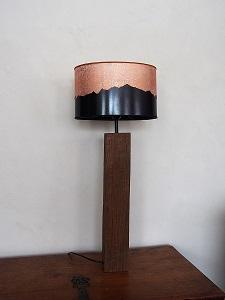Lampe-vieux-bois-montagne-chalet-design-mont-blanc-jade-creation-ulgador-cuivre-225x300
