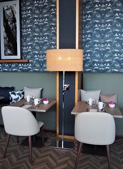 Abat jour ovale en Raphia Restaurant Hôtel Hilton Jade Creation